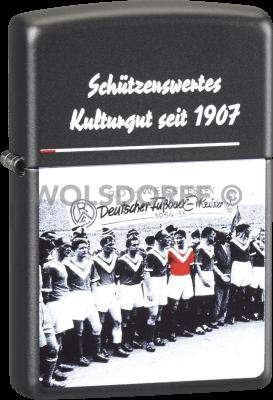 Zippo schwarz matt Rot-Weiss Essen RWE Kultur DM 1954/55 Mannschaft